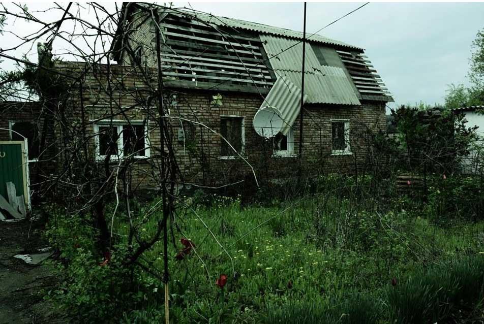 """Руины и нищета: во что """"русский мир"""" превращает шахтерский поселок под Горловкой"""