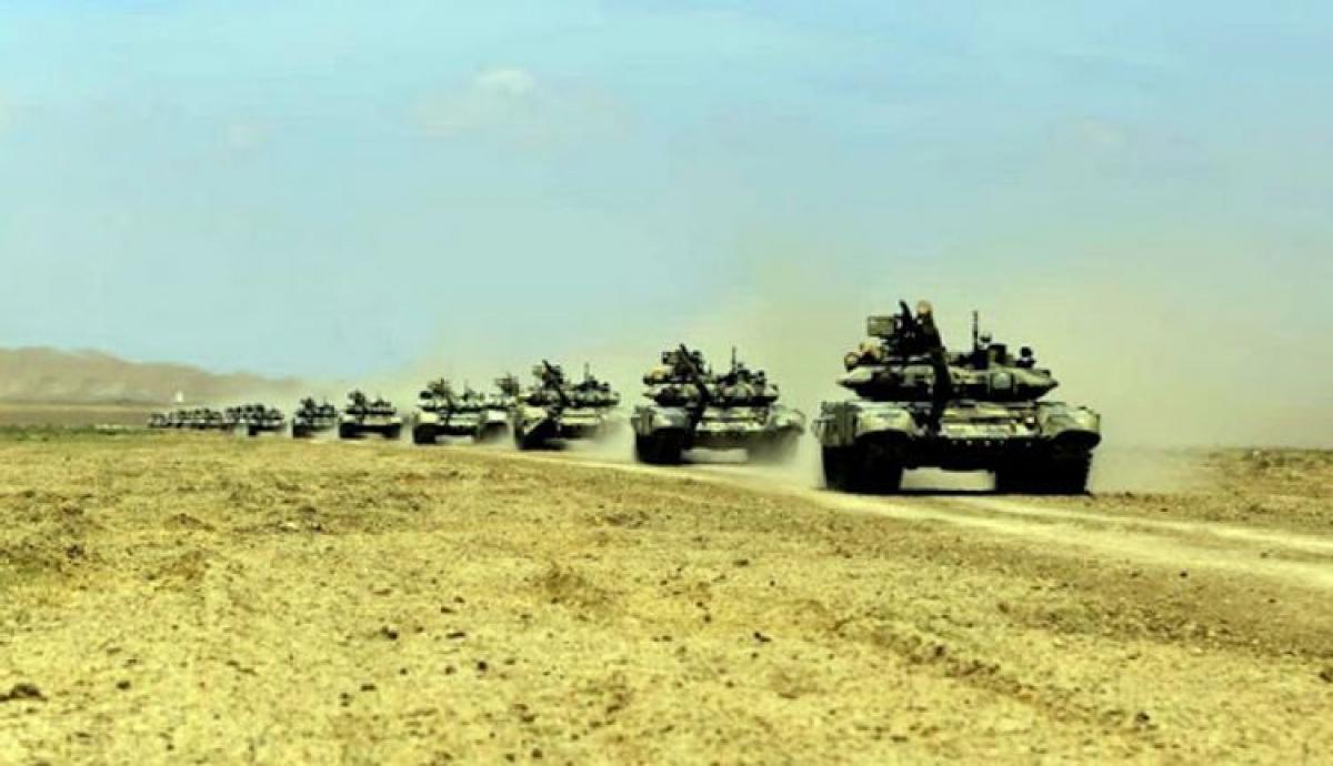 Азербайджан освободил Лачин и продвигается к Шуши: армия Армении разбита, теряя снабжение Карабаха  - кадры