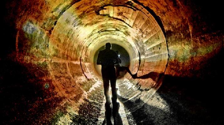 Аномальная субстанция: в одном из подземных тоннелей Колумбии строители обнаружили огромный пузырь
