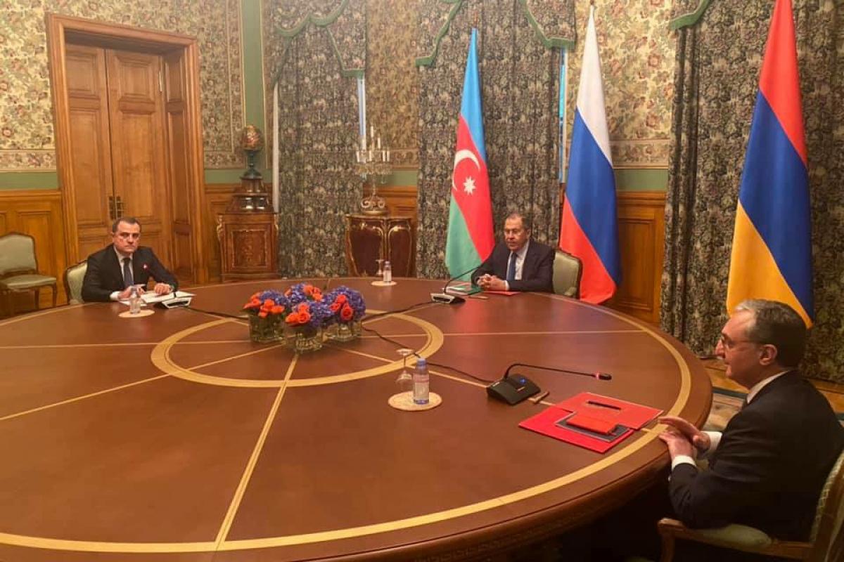 Баку и Ереван достигли всего одной договоренности по Карабаху за 11 часов переговоров в Москве