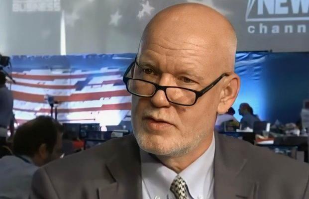 """Известный политтехнолог США Уотерс дал совет Зеленскому: """"Украинский народ должен это потребовать"""""""