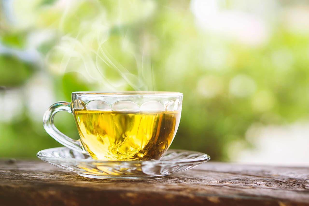 Не пей, навредит: кому и по какой причине опасно пить зеленый чай