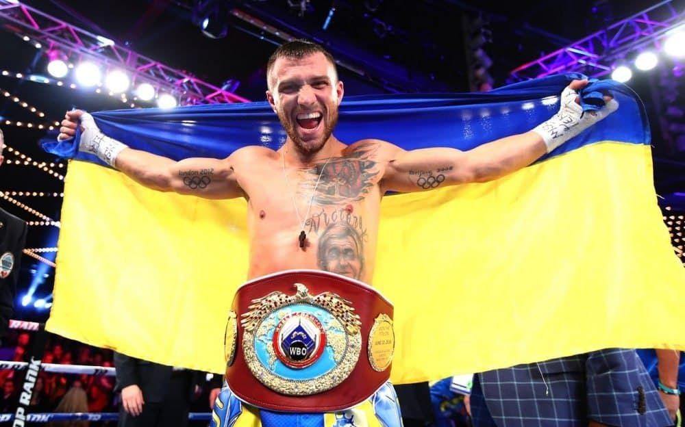 Чемпион вернулся: Ломаченко эффектно отправил в нокаут Накатани, судья остановил бой