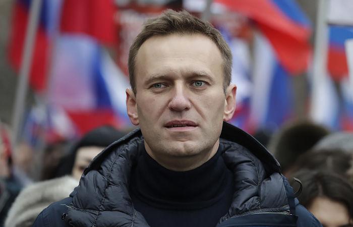 ЕС ввел новые санкции против РФ из-за Навального: полный список друзей Путина