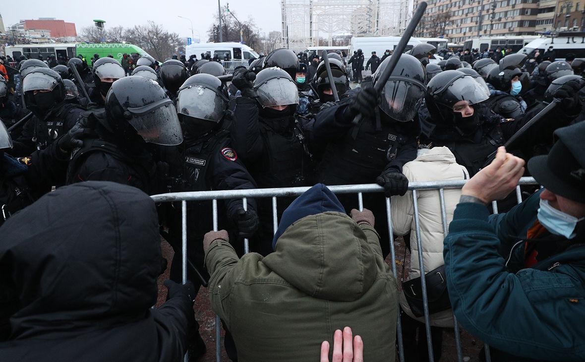 """""""Нас нельзя будет разогнать"""", –  у Навального собирают самый массовый протест в России"""