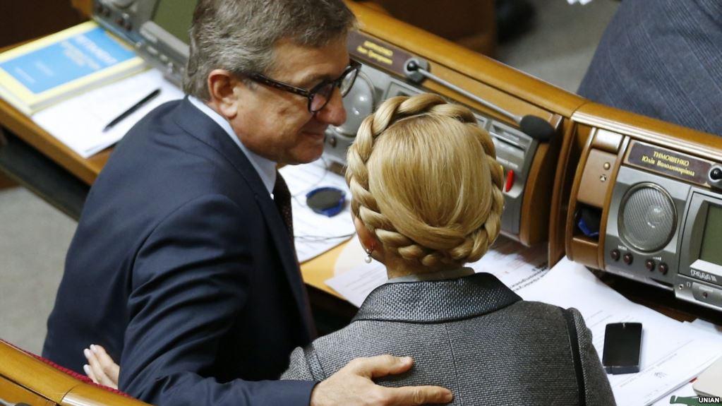 """""""Тимошенко через Таруту высказалась, кого она поддержит во втором туре"""", - Тарас Березовец"""