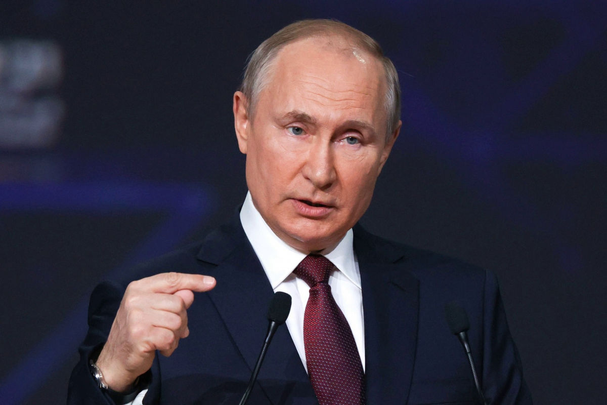 """""""Два с половиной часа назад"""", - Путин объявил о завершении строительства первой ветки """"Северного потока-2"""""""
