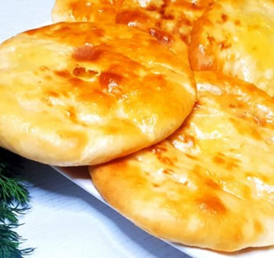 """""""Ленивые пироги"""" – пошаговый рецепт вкуснейших картофельных лепешек с двойной начинкой"""