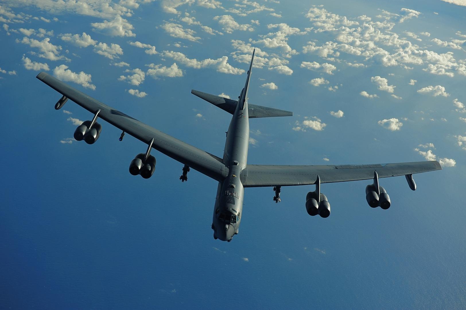 Бомбардировщики США B-52 летят на Донбасс – Россия не может выслать перехватчики из-за Украины