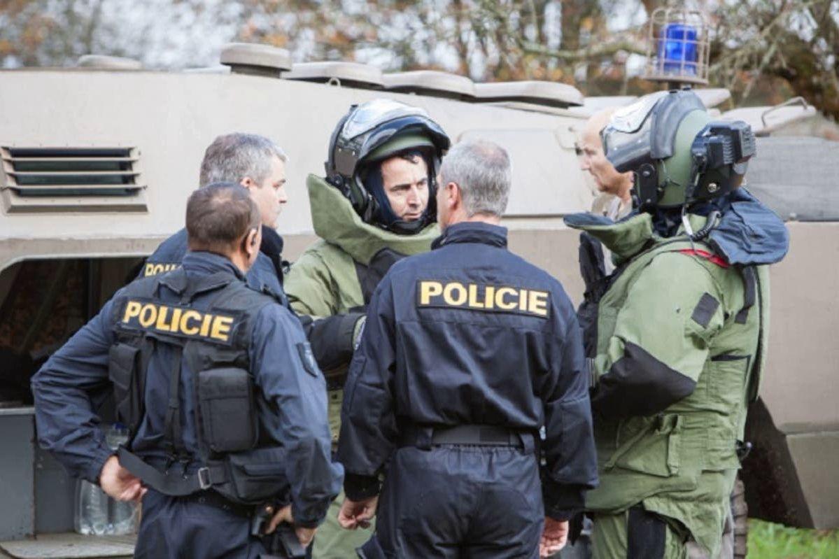 СМИ: оружие со складов в Чехии, во взрыве которых подозревают Чепигу и Мишкина, предназначалось для Украины