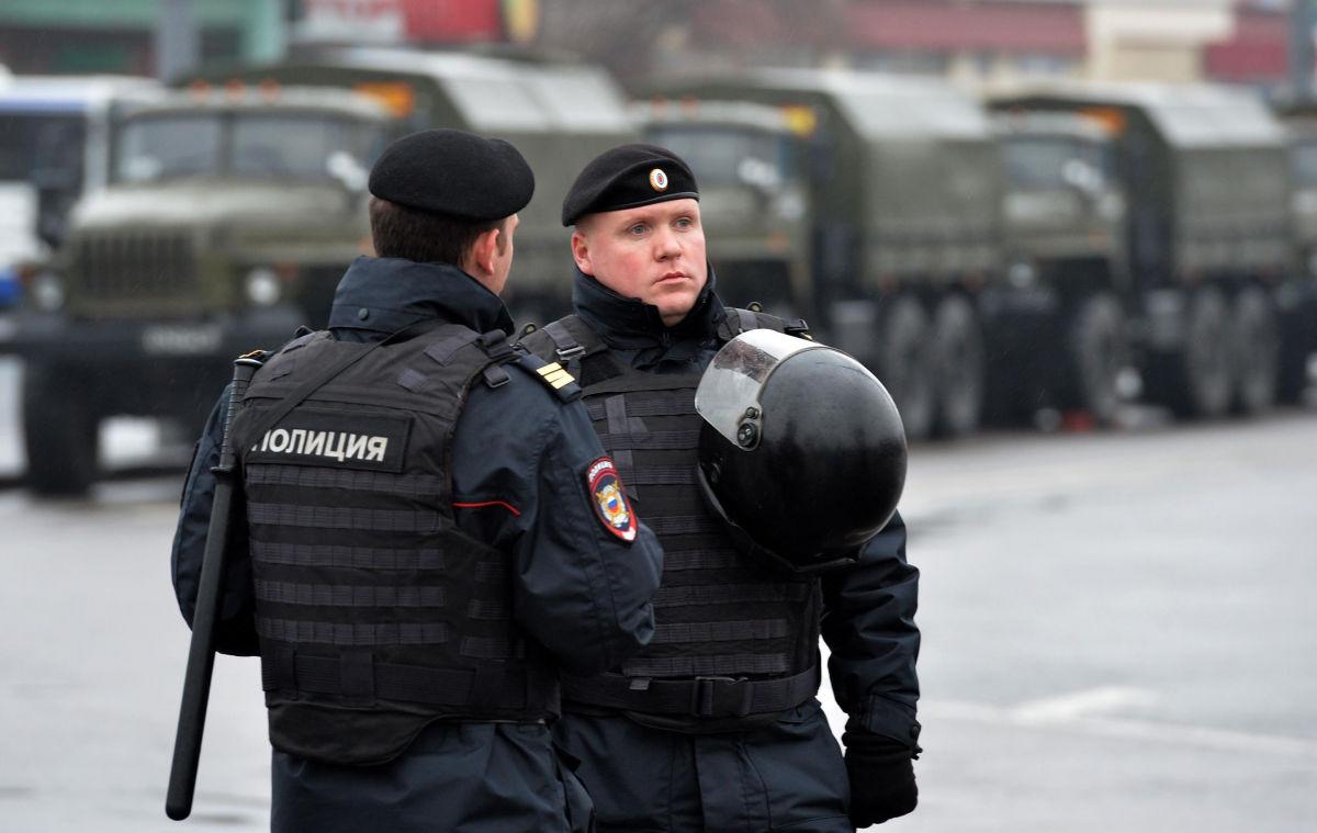 В российском Саратове кавказцы избили четверых полицейских – они в больнице, у одного ножевое ранение