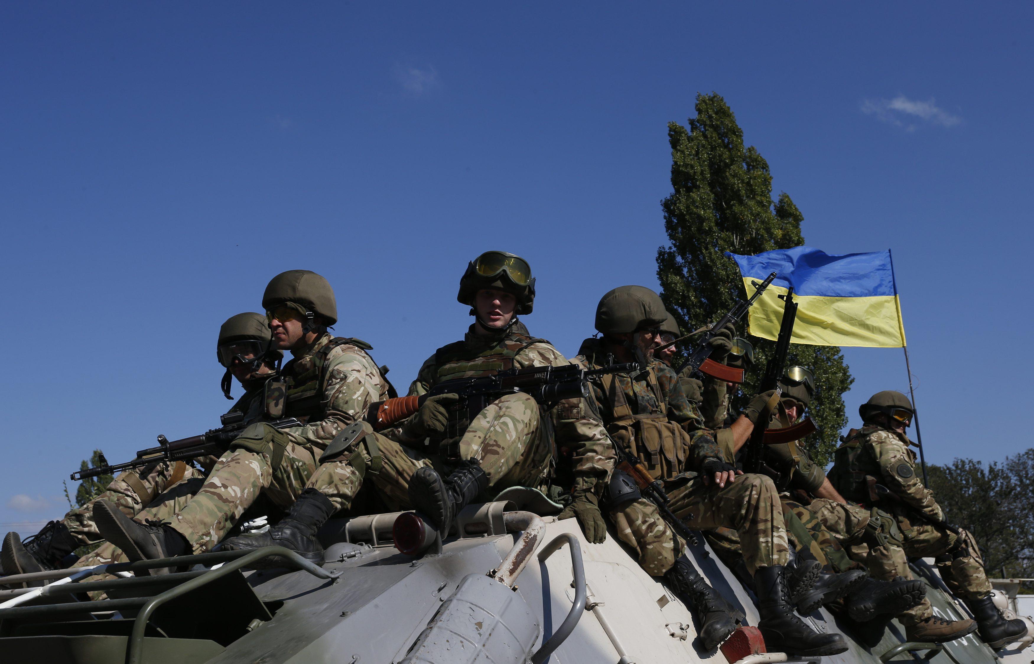 Украинская армия продолжает удерживать позиции в зоне АТО: последние новости с огневых точек
