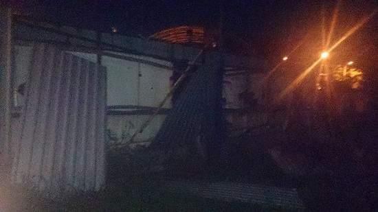 Очевидцы: В Донецке слышны перестрелки и взрывы