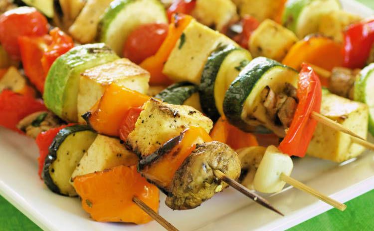 Главные секреты приготовления вкусного овощного шашлыка: важно знать несколько правил
