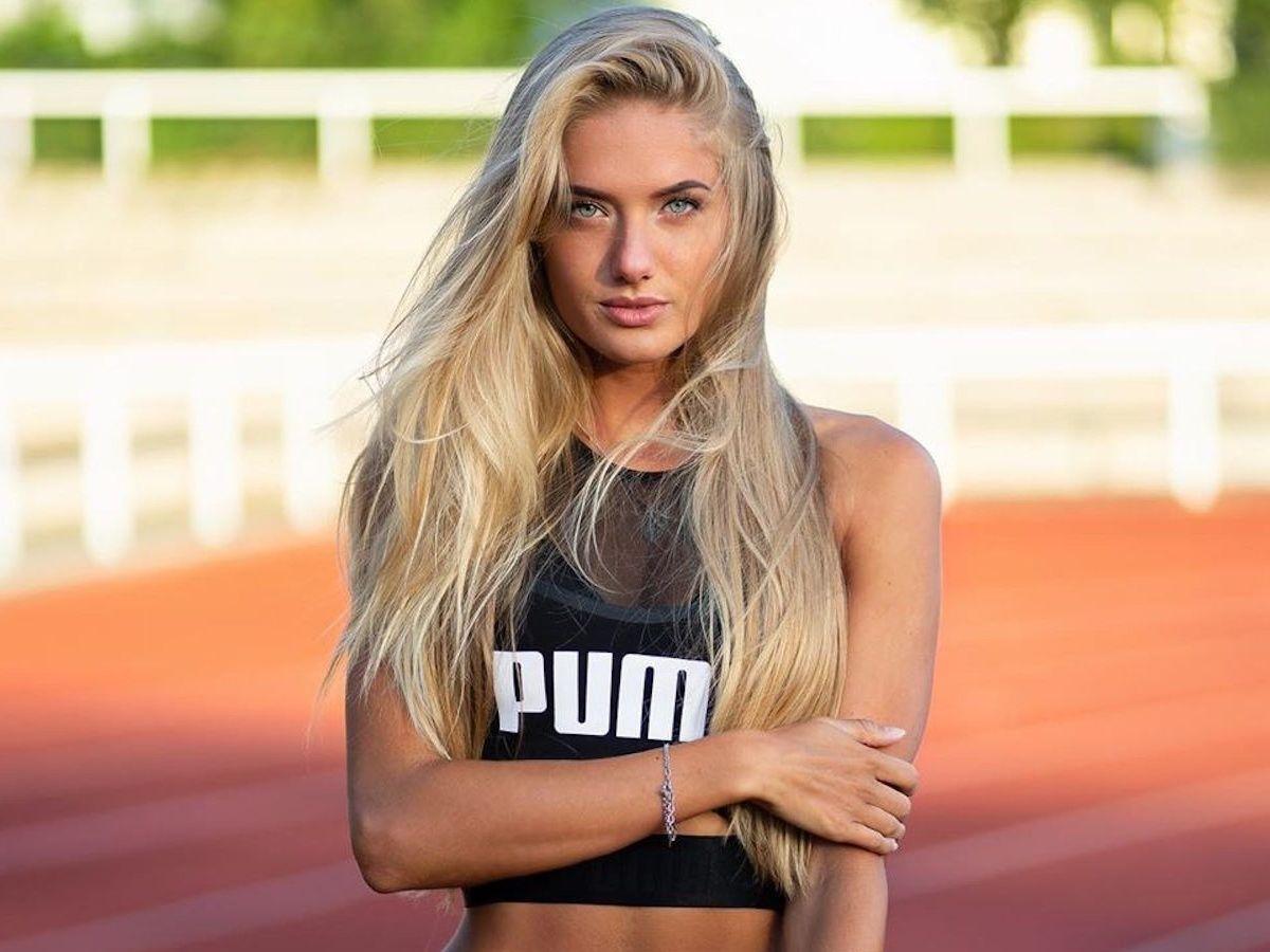 """""""Девчата рулят"""", – самая красивая спортсменка мира Шмидт и ее подруга восхитили Сеть соблазнительным фото"""