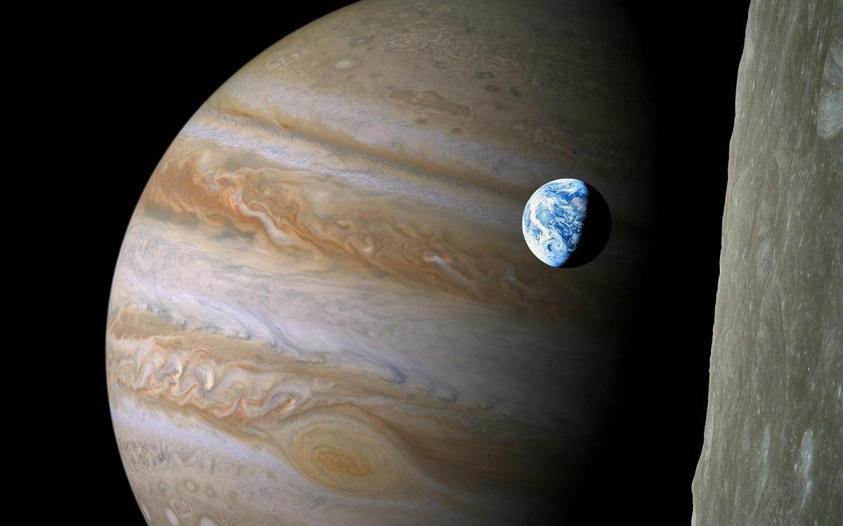 Удар в космосе: на видео сняли, как в Юпитер врезался неизвестный объект