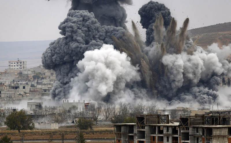 Критическая точка эскалации достигнута: коалиция США нанесла мощный удар по российско-сирийским войскам, - подробности