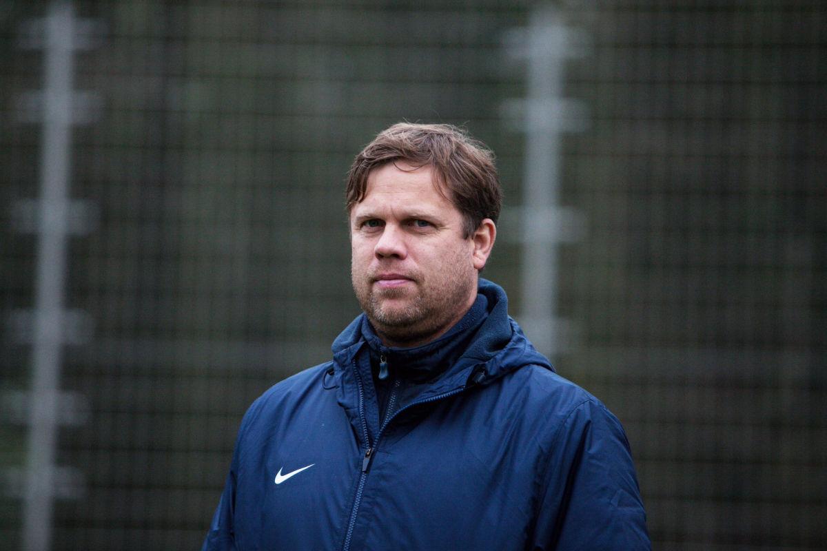 Российский тренер Радимов сказал, чем сборная России лучше украинской команды. В Сети ответили