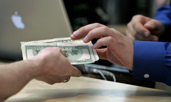 НБУ продлит запрет на перевод валюты за границу