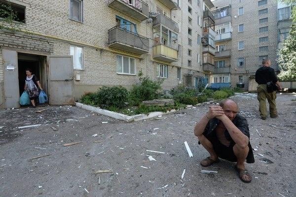 В Петровском районе Донецка идут активные боевые действия, гибнут мирные люди