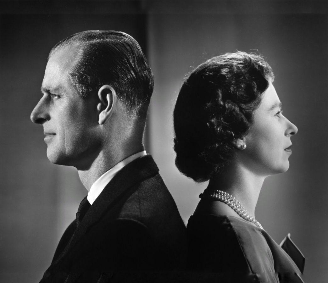 """""""Любовь и преданность к своему мужу"""" - Елизавета II и принц Филипп обретут вечный покой под общей могильной плитой"""