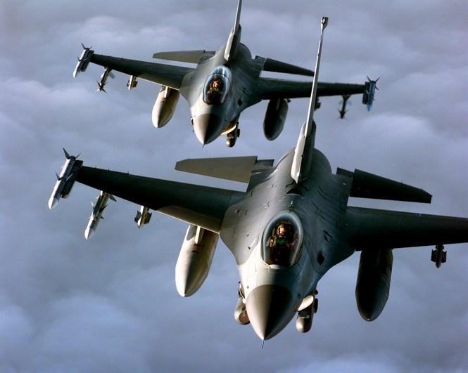 Истребители НАТО вновь перехватили военный самолет РФ над Балтикой