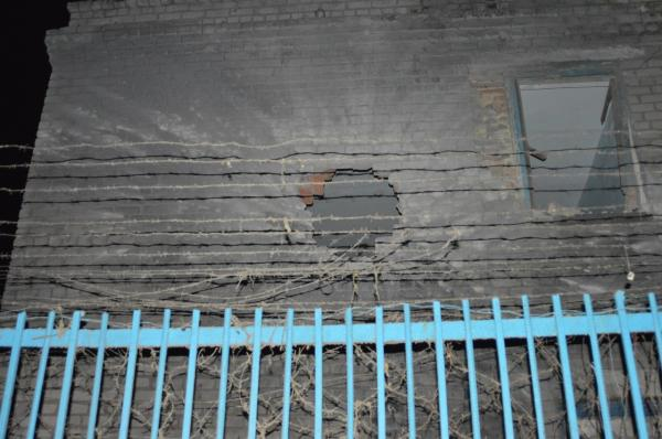 В Донецкой колонии после попадания снаряда начался бунт