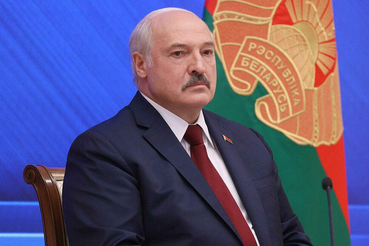 """Лукашенко предъявил претензии артистам России, назвав их """"предателями"""""""