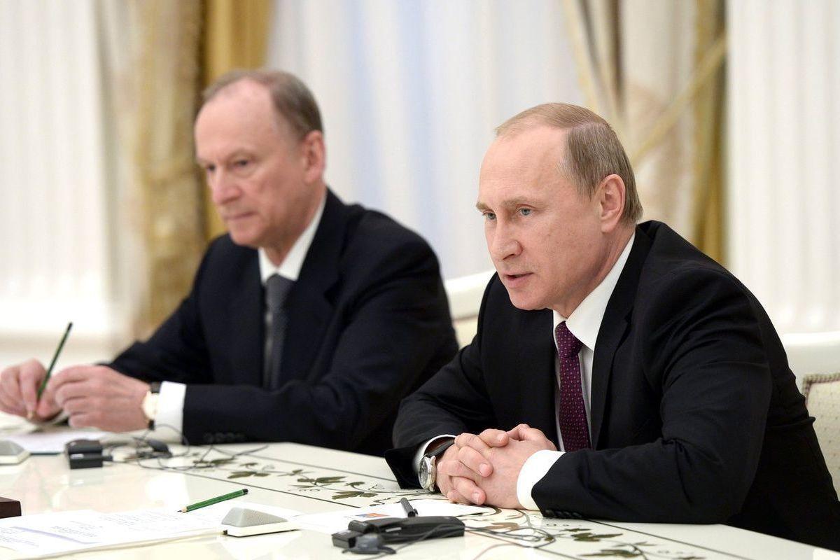 """Гордон о том, сколько Путин просидит в Кремле: """"У него серьезный конфликт с Патрушевым"""""""
