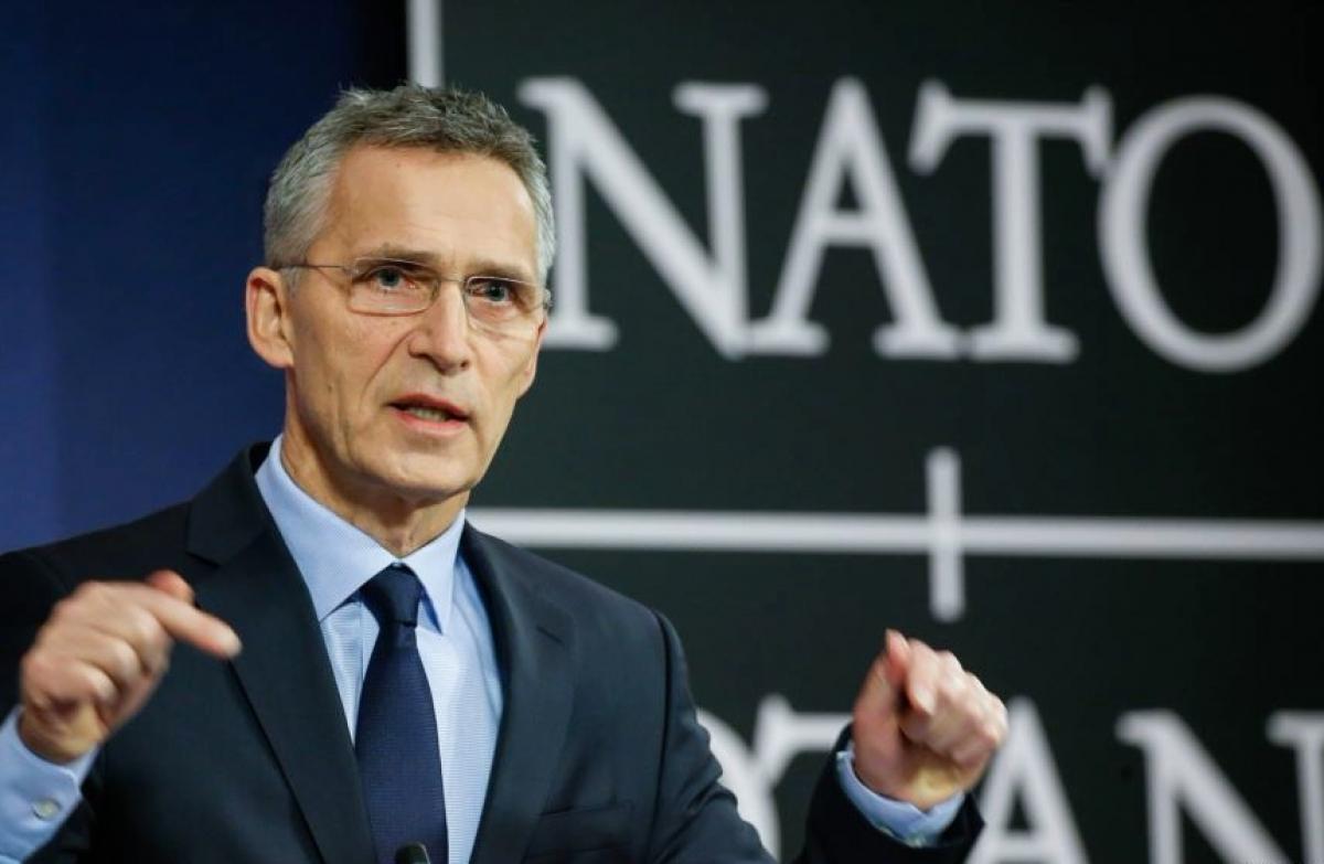 """На суше, море и в воздухе"", - Столтенберг анонсировал ответ НАТО на действия РФ в Крыму"