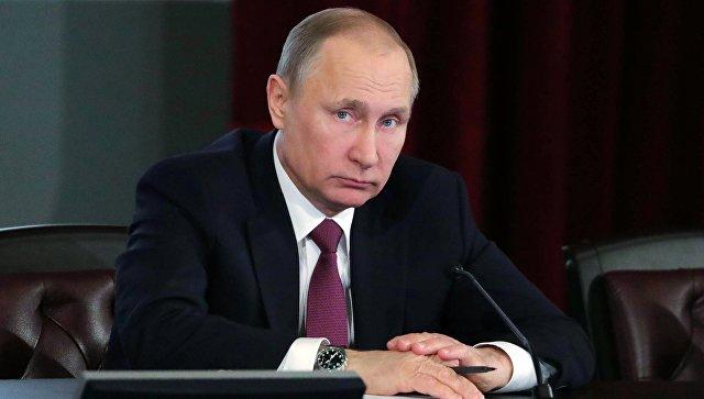 Путин на грани катастрофы: последние ресурсы тают, Россия в кризисе…у Кремля остается только одна надежда на переговоры с Трампом, – Боровой