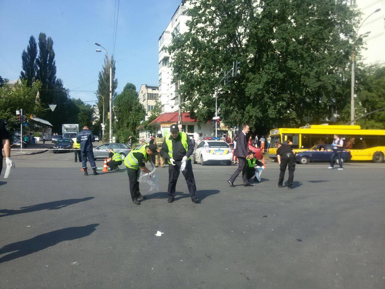 Подрыв машины командира разведка ГУР Миноброны Шаповала в Киеве: полиция сообщила о новых пострадавших