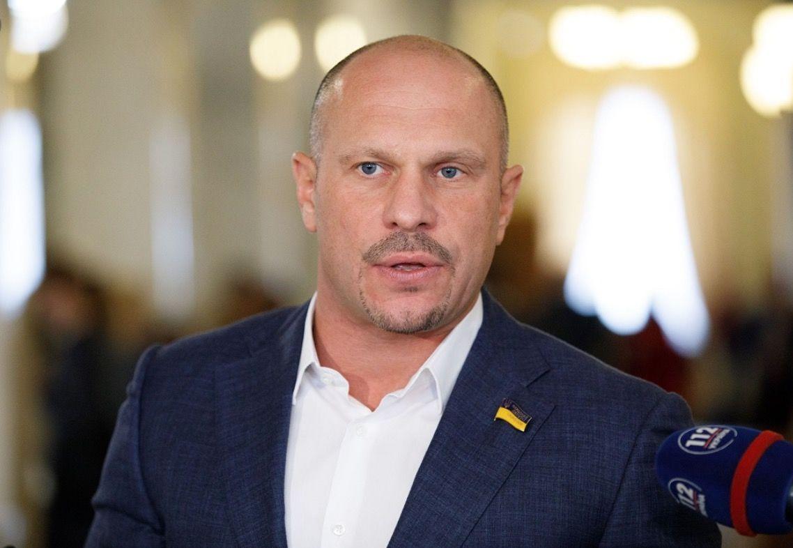 """Кива устроил скандал, услышав про повторную защиту диссертации: нардеп """"ОПЗЖ"""" перешел к угрозам"""