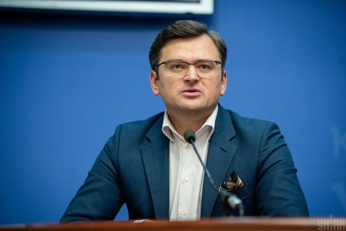 """""""Он должен быть за столом"""", - Кулеба пояснил, без кого невозможно решить проблему Донбасса"""
