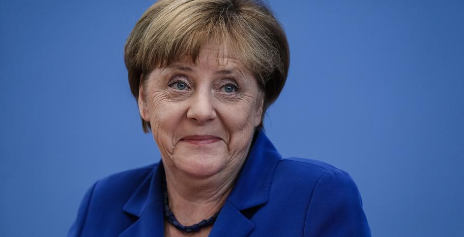 В ЕС собираются продлить санкции против РФ: политик раскрыл СМИ главную тему встречи европейских лидеров