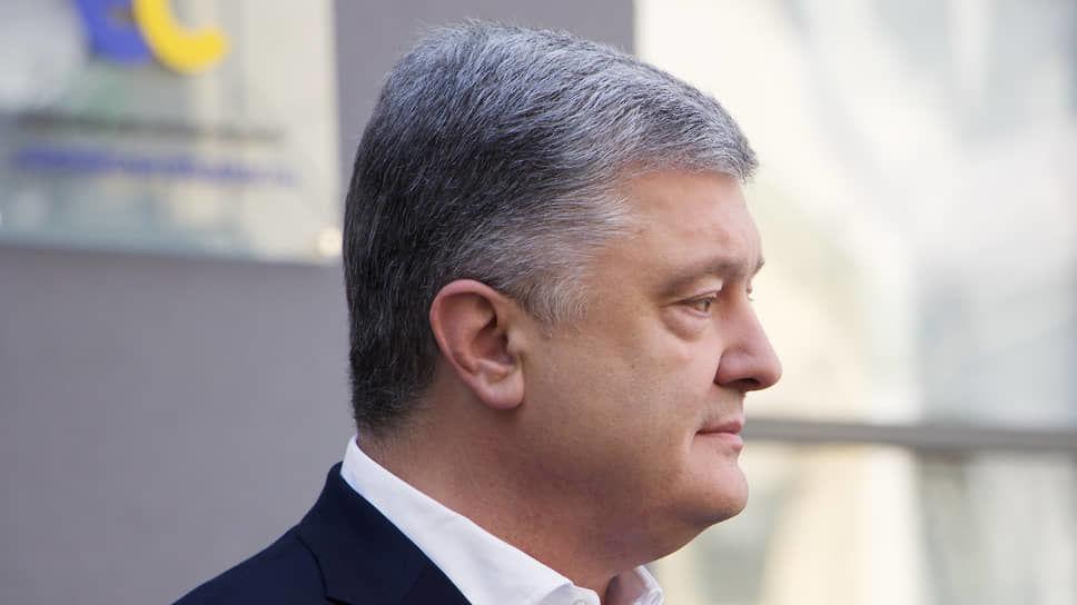 Порошенко поздравил НАТО с важной датой, напомнив о необходимости принятия знакового для Украины решения