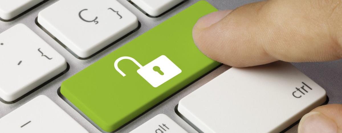 """Блокировка сайтов и запрет видео на YouTube: новое ноу-хау в проекте закона """"О медиа"""""""
