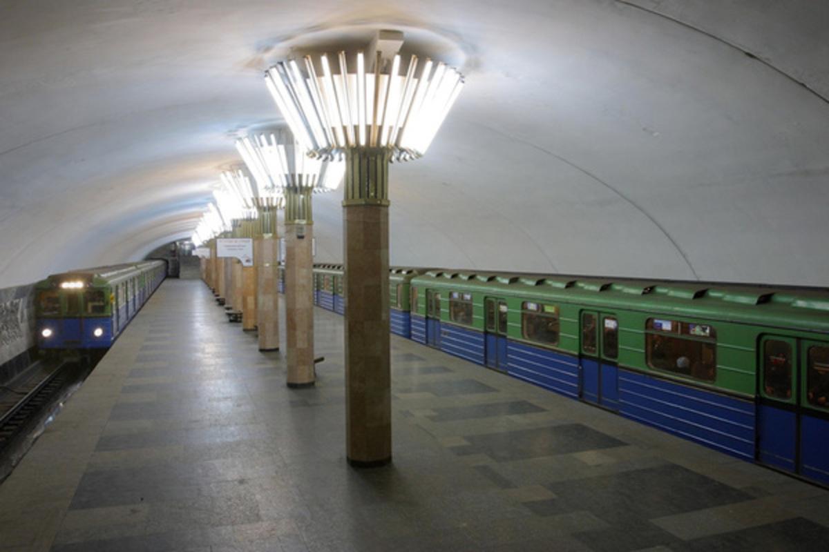 Смягчение карантина в Украине: власти пояснили, почему нельзя запускать метро
