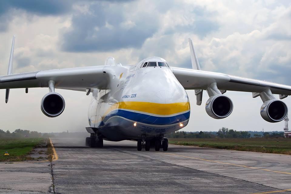 Китай заинтересовался украинскими самолетами: Минэкономразвития раскрыло детали важной сделки, которая выведет авиастроение Украины на новый уровень