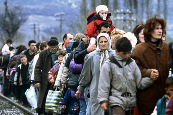 Более сотни беженцев из России попросили приют в Украине