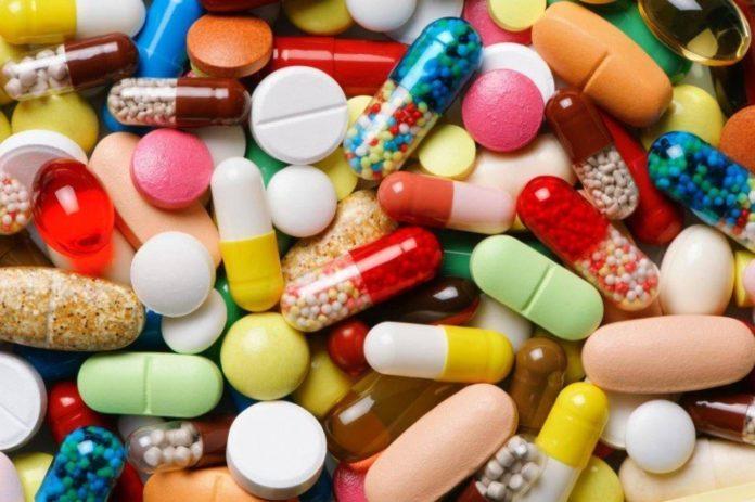 врачи, медики, медикамент, лекарство, психотропы, заявление, общество, болезнь, перелом