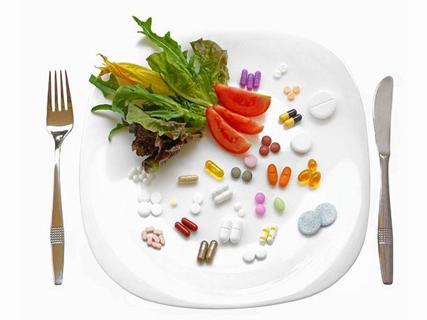 Эндокринолог выдал, как не отравить организм витаминами и БАДами