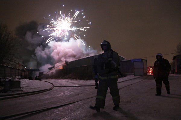 санкт-петербург, пожар, пиротехника, взрывы