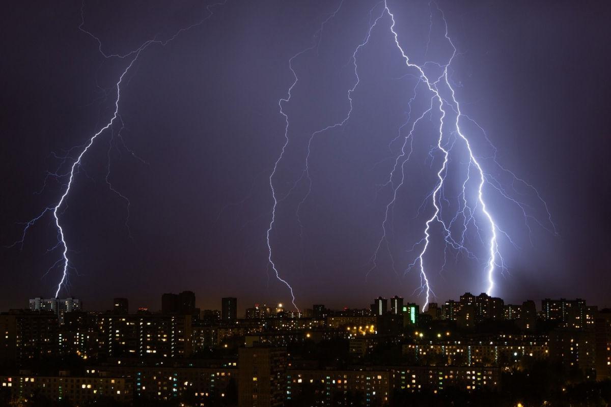 Погода в Украине 11 мая: синоптики назвали регионы, где стоит ждать ливней и гроз