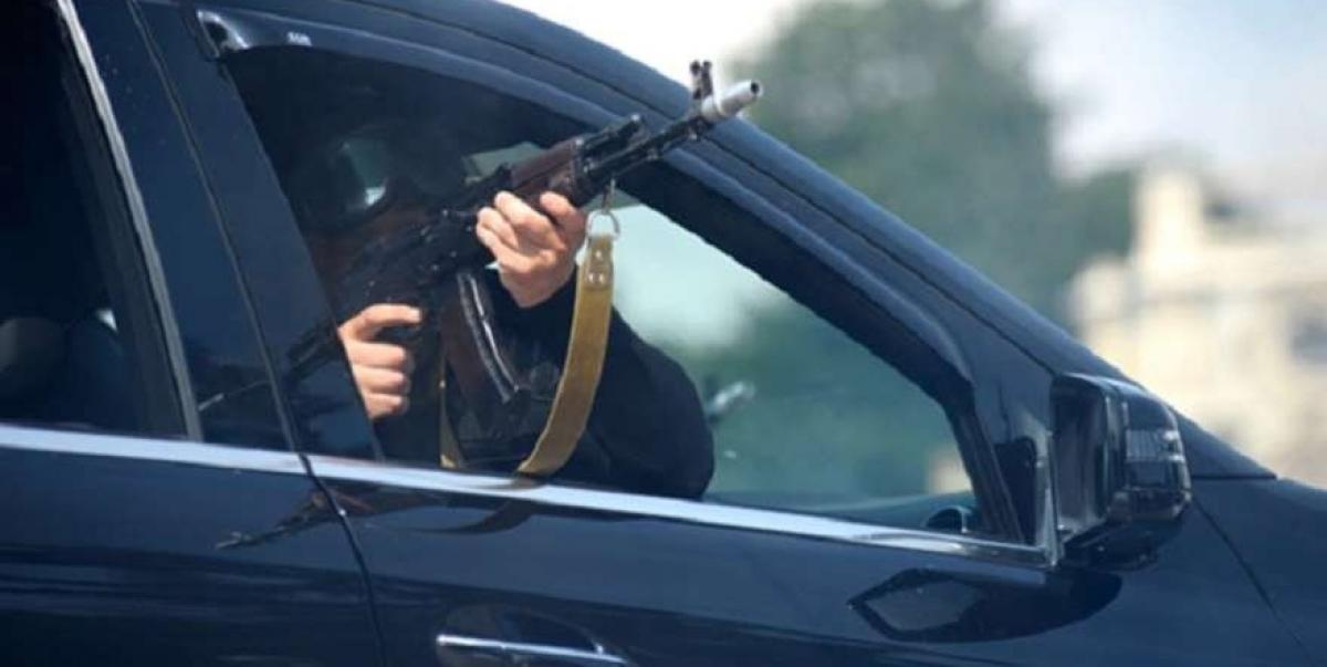 Открыли огонь из автоматов: в Мукачево неизвестные устроили стрельбу на улице