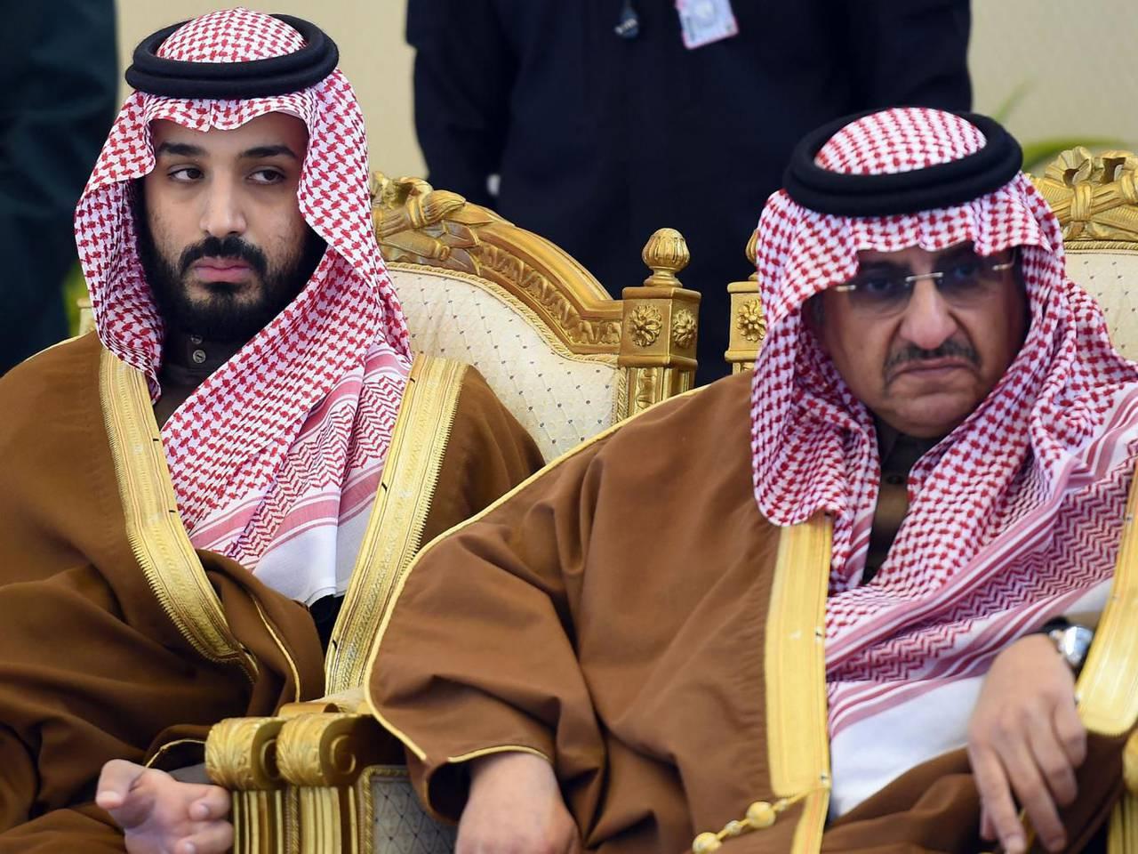 """Нефть по цене """"минус 100$"""" за баррель: Саудовская Аравия внезапно изменила свои планы -  Bloomberg"""