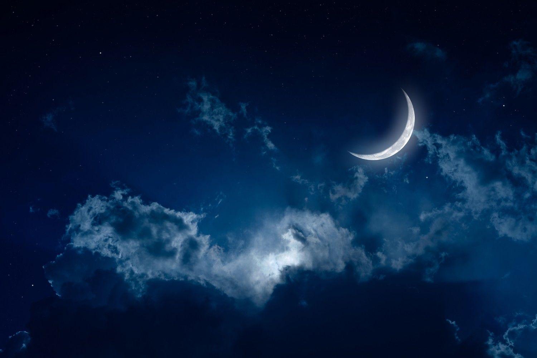 Астрологи: Почему на растущую Луну в октябре нельзя лениться, ссориться и бездействовать