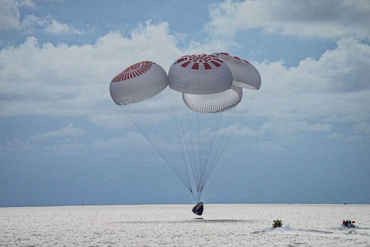 Миссия SpaceX успешно завершена