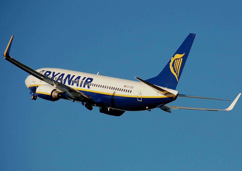 Не выполнили требований: крупнейший европейский лоу-кост перевозчик Ryanair отменил полеты в Украину