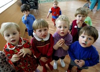 Киев эвакуирует всех детей из зоны АТО
